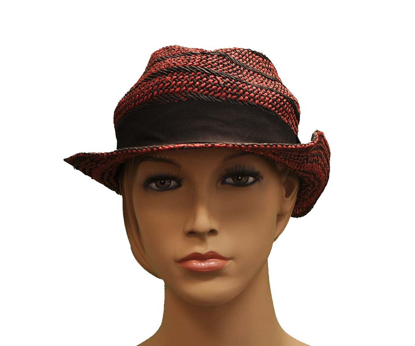 Emporio Armani RED CELLULOSA Hat